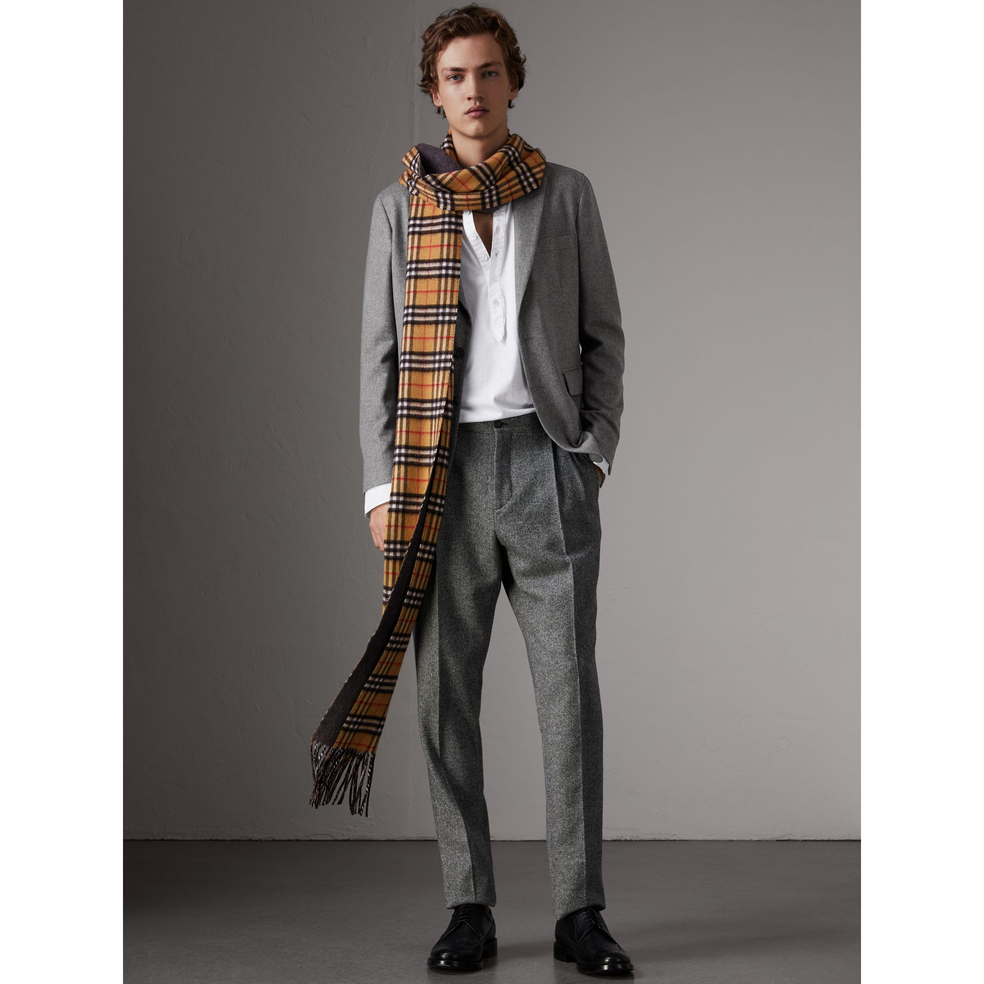 Soho Fit Cashmere Tailored Jacket in Mid Grey Melange - Men | Burberry Australia - gallery image 5