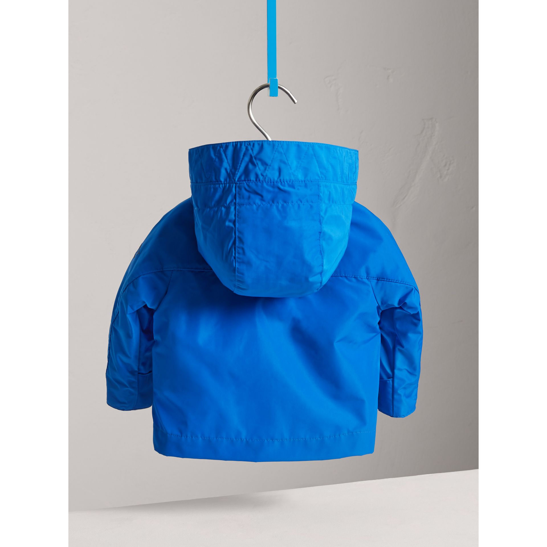 Shape Memory Taffeta Hooded Jacket in Azure Blue | Burberry - gallery image 3