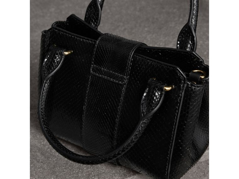 The Small Buckle Tote aus Pythonleder (Schwarz) - Damen | Burberry - cell image 4
