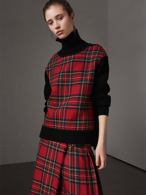 Tartan Panel Wool Cashmere Turtleneck Sweater in Red/navy
