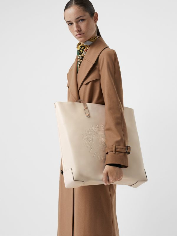 Embossed Crest Leather Tote in Limestone | Burberry - cell image 3