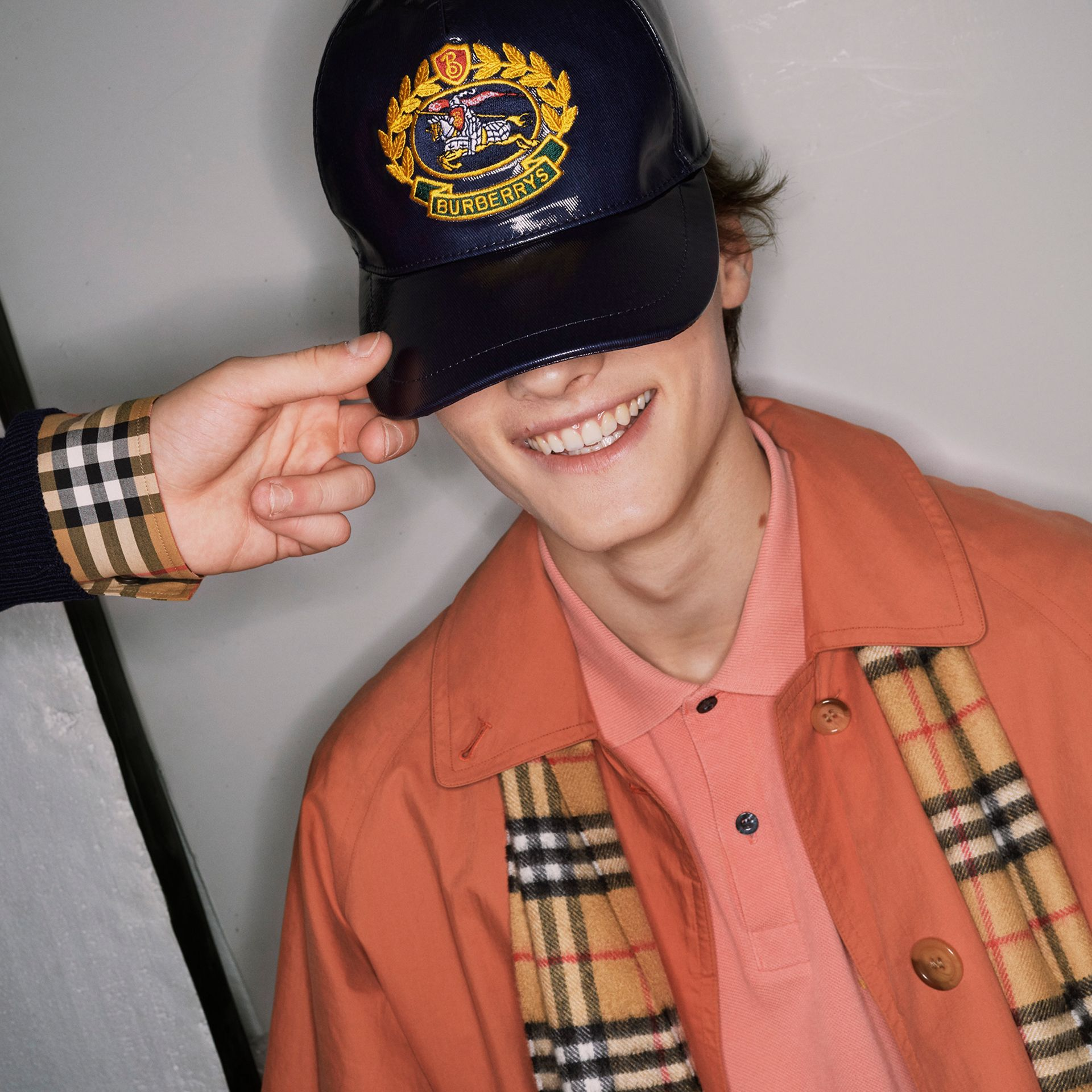 Archive Logo Coated Cotton Baseball Cap in Navy | Burberry Australia - gallery image 4