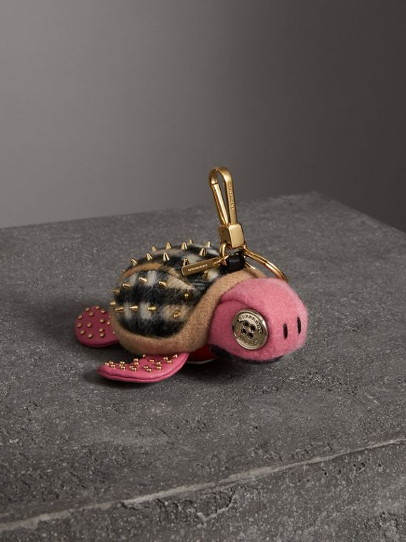 Beatrice The Turtle Cashmere Charm in Pink/antique Yellow
