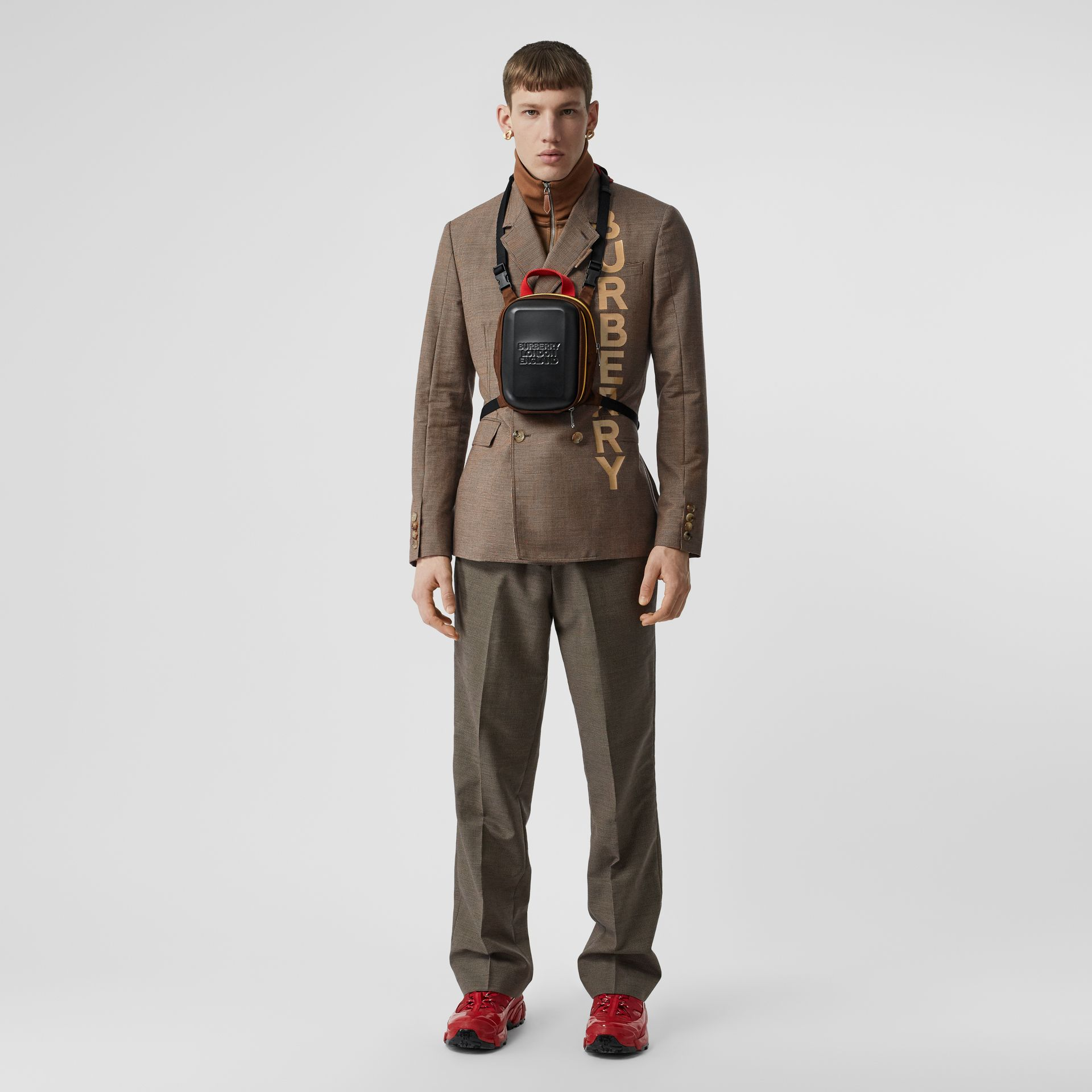 Pocket Detail Wool Tailored Trousers in Beige - Men | Burberry Hong Kong S.A.R - gallery image 0