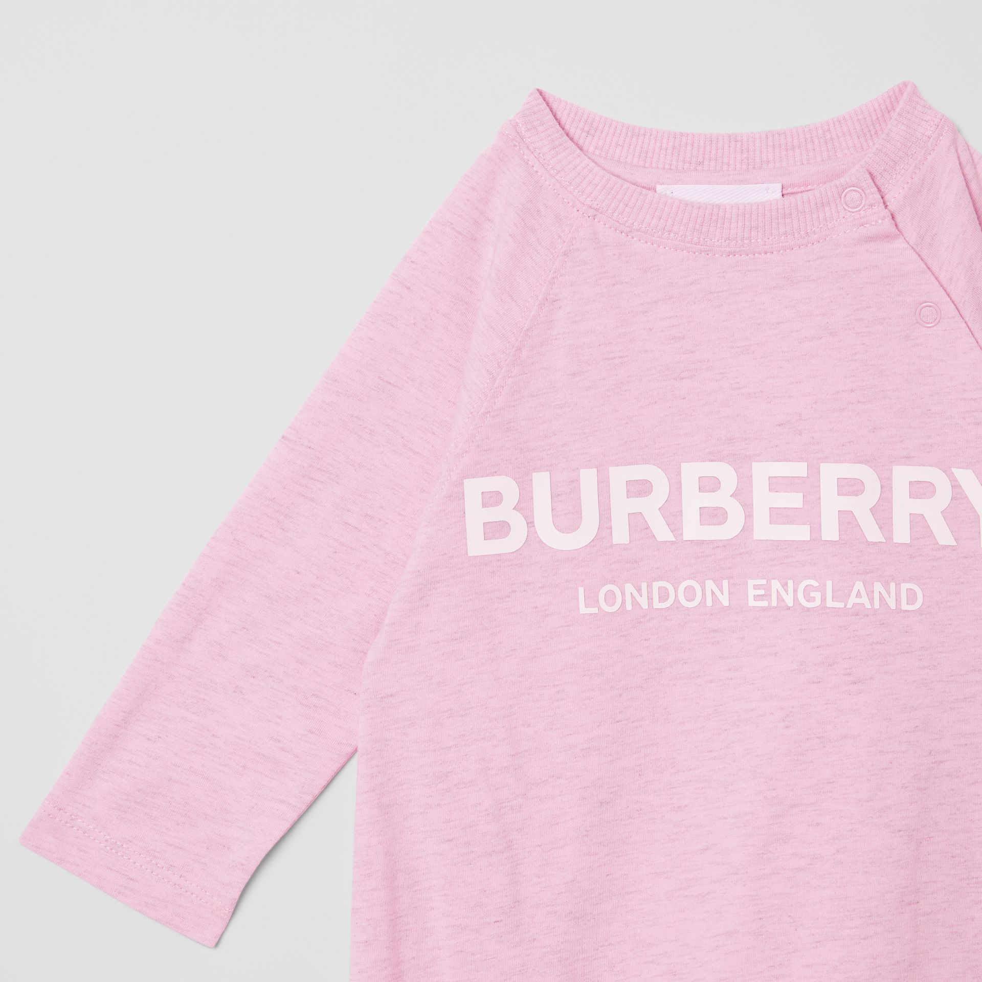 Logo Print Cotton Three-piece Baby Gift Set in Pale Pink - Children | Burberry - gallery image 8