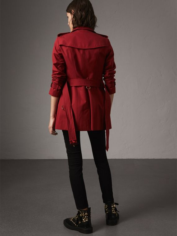 The Sandringham – Short Trench Coat in Parade Red - Women | Burberry - cell image 2