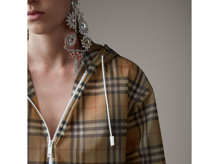 Vintage Check Soft-touch Plastic Cagoule in Antique Yellow - Women | Burberry Hong Kong - cell image 4
