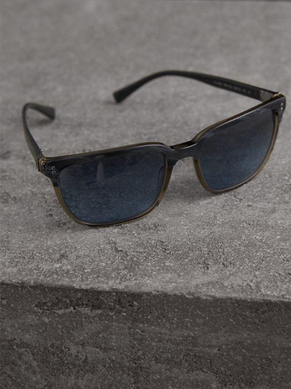 Square Frame Sunglasses in Navy - Men | Burberry United Kingdom - cell image 1