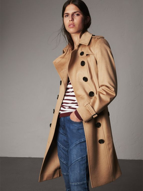Sandringham Fit Cashmere Trench Coat in Camel - Women | Burberry Australia