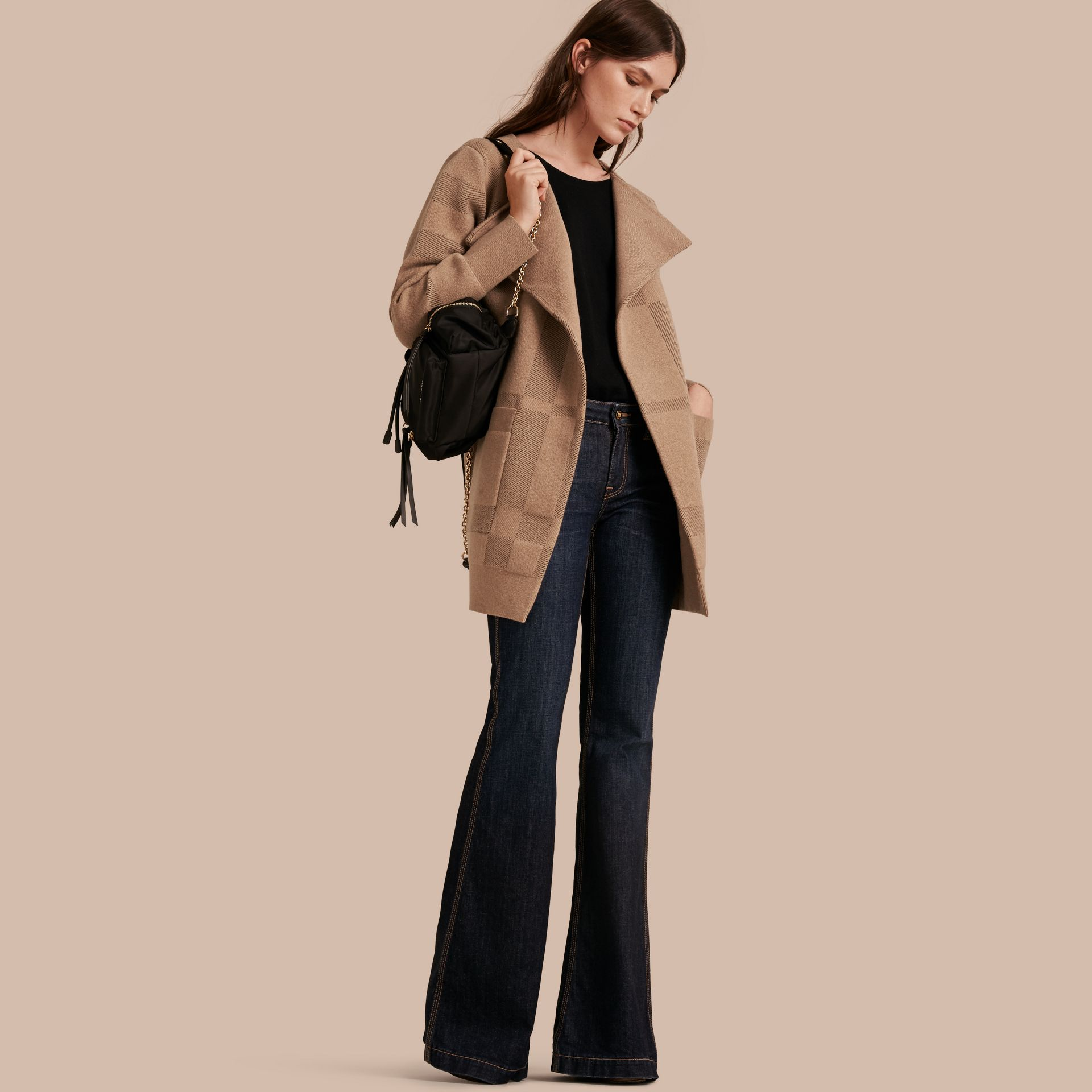 Miel Veste en maille de laine et cachemire à motif check - photo de la galerie 1