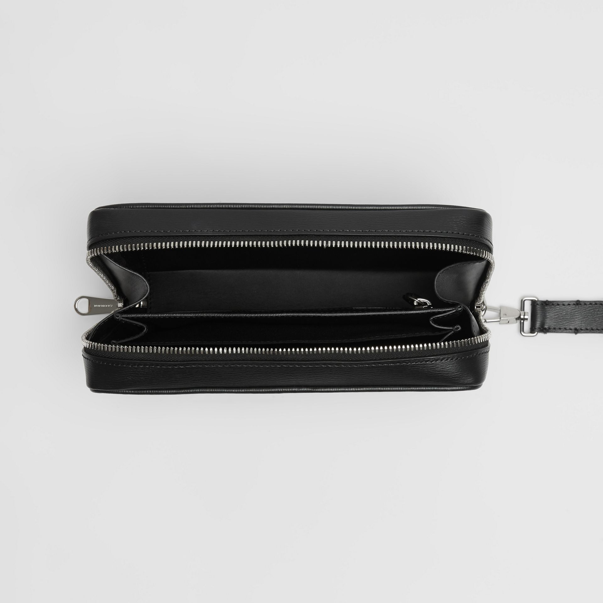 London Leather Travel Pouch in Black - Men | Burberry - gallery image 3