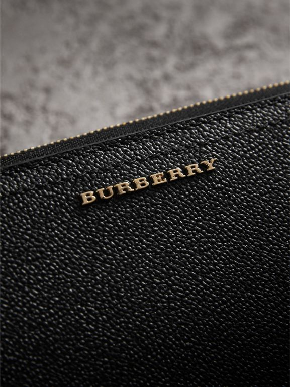 Grainy Leather Ziparound Wallet in Black - Women | Burberry - cell image 1