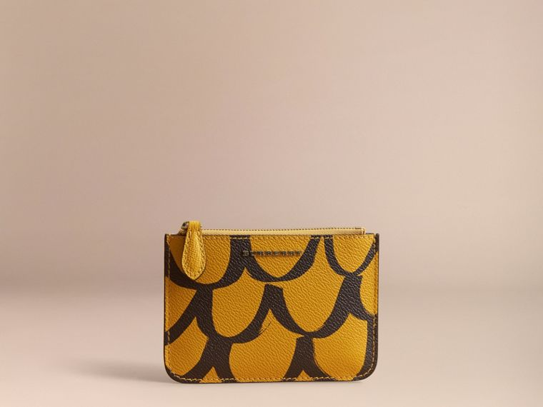 Trompe L'oeil Print Leather Pouch in Bright Straw - Women | Burberry - cell image 4