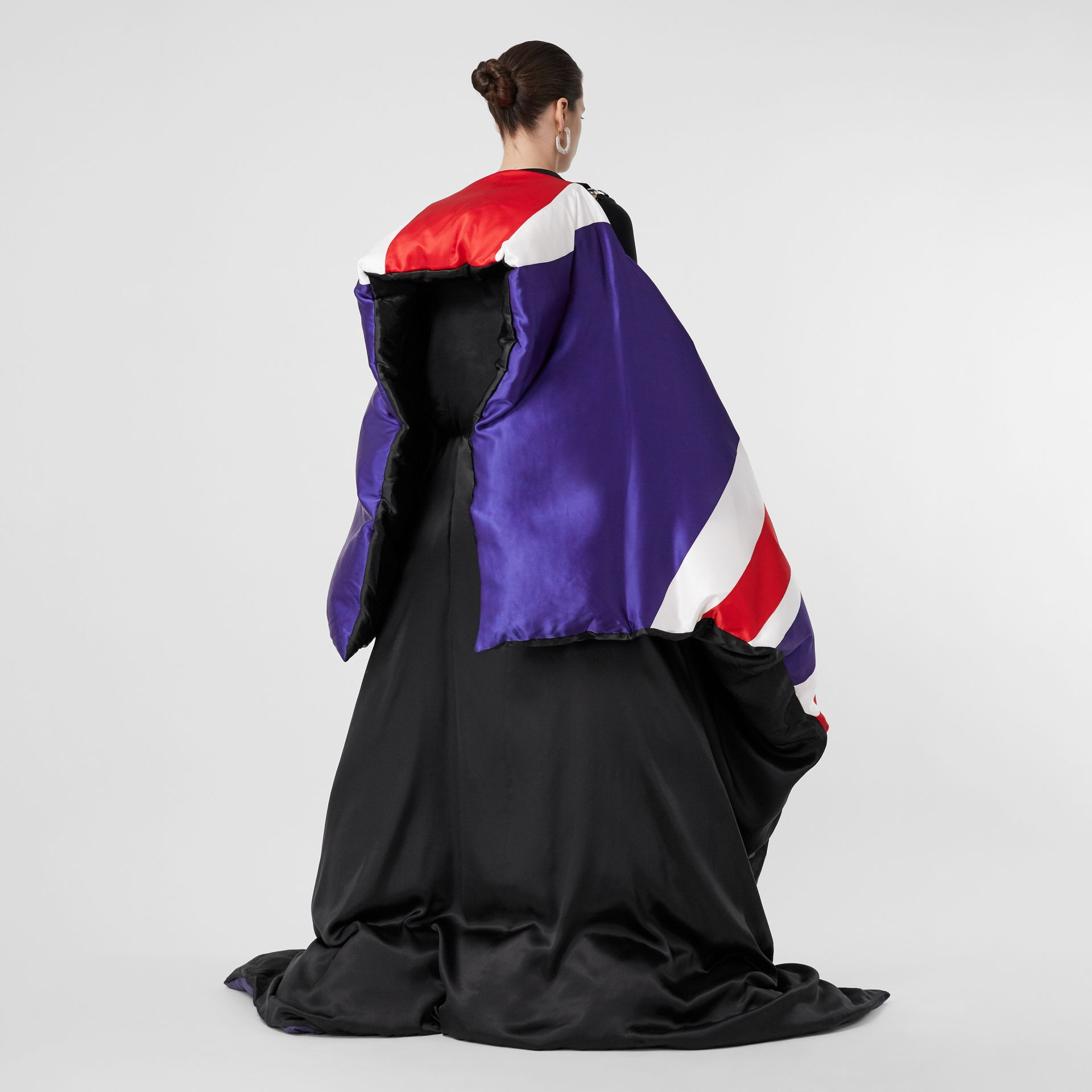 Union Jack and Logo Print Oversized Puffer Cape in Multicolour | Burberry United States - gallery image 8