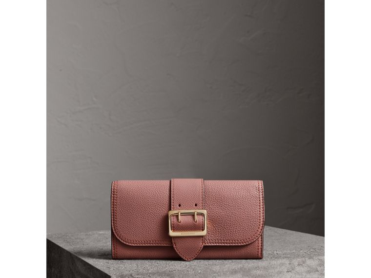Textured Leather Continental Wallet in Dusty Pink - Women | Burberry - cell image 4