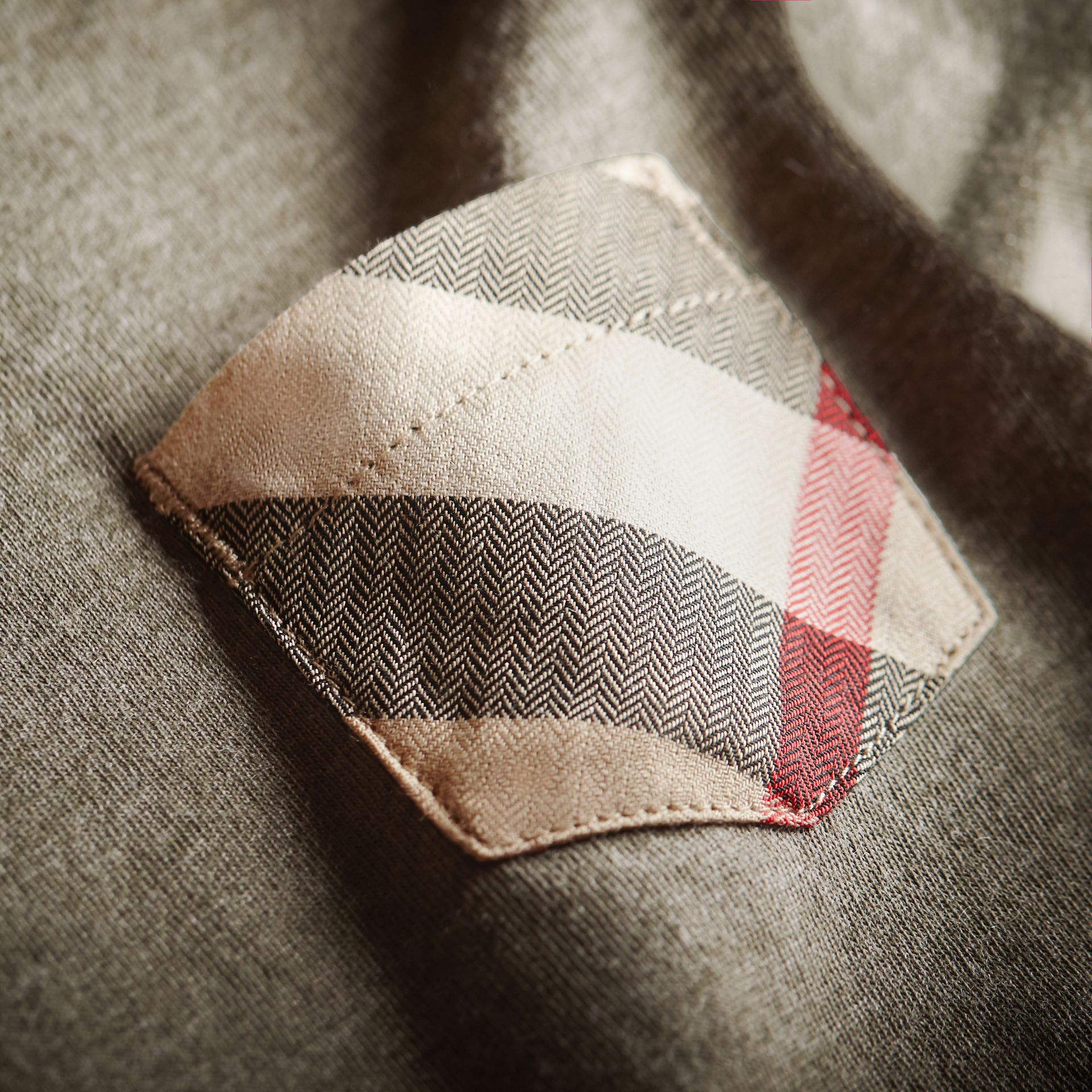Check Pocket Cotton Jersey T-shirt in Khaki Green | Burberry - gallery image 2