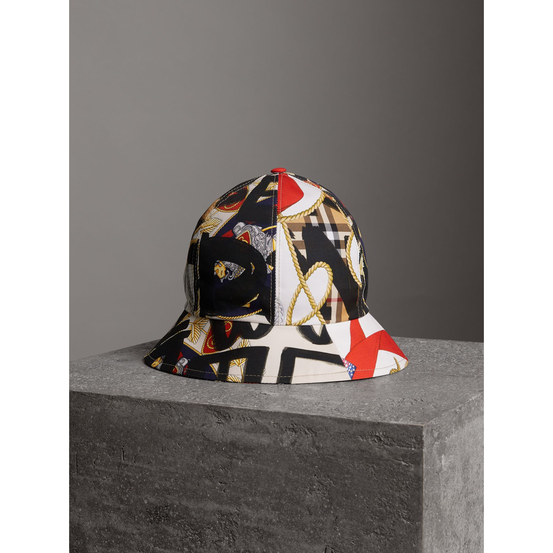 Graffiti Scarf Print Bucket Hat in Multicolour | Burberry - gallery image 3