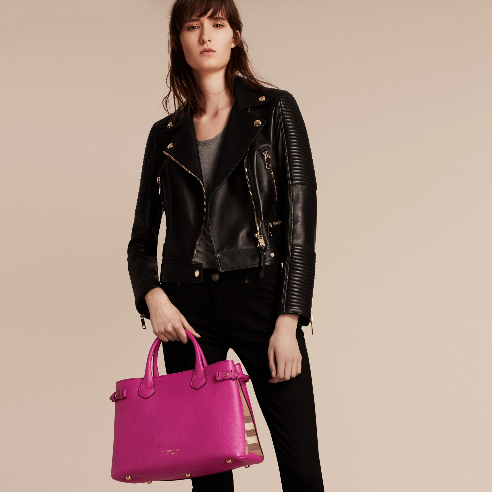 The Medium Banner in Leather and House Check in Brilliant Fuchsia - Women | Burberry - gallery image 3