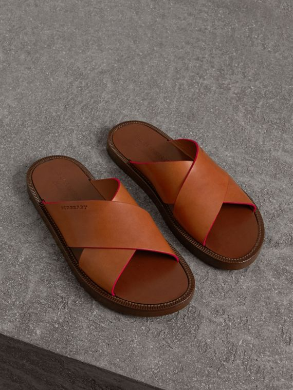 Contrast Detail Leather Sandals in Amber