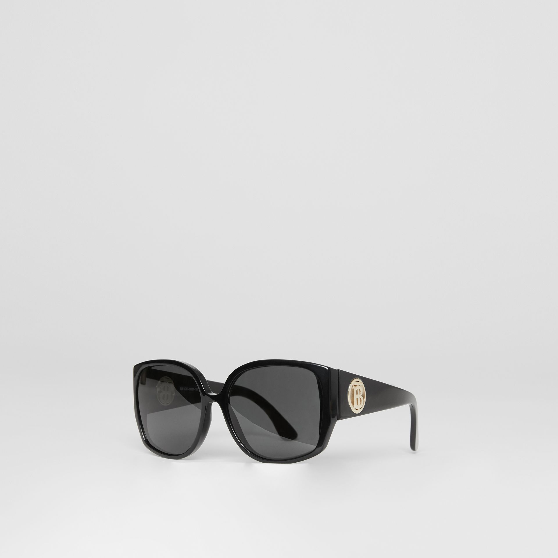 Oversized Butterfly Frame Sunglasses in Black - Women | Burberry - gallery image 5
