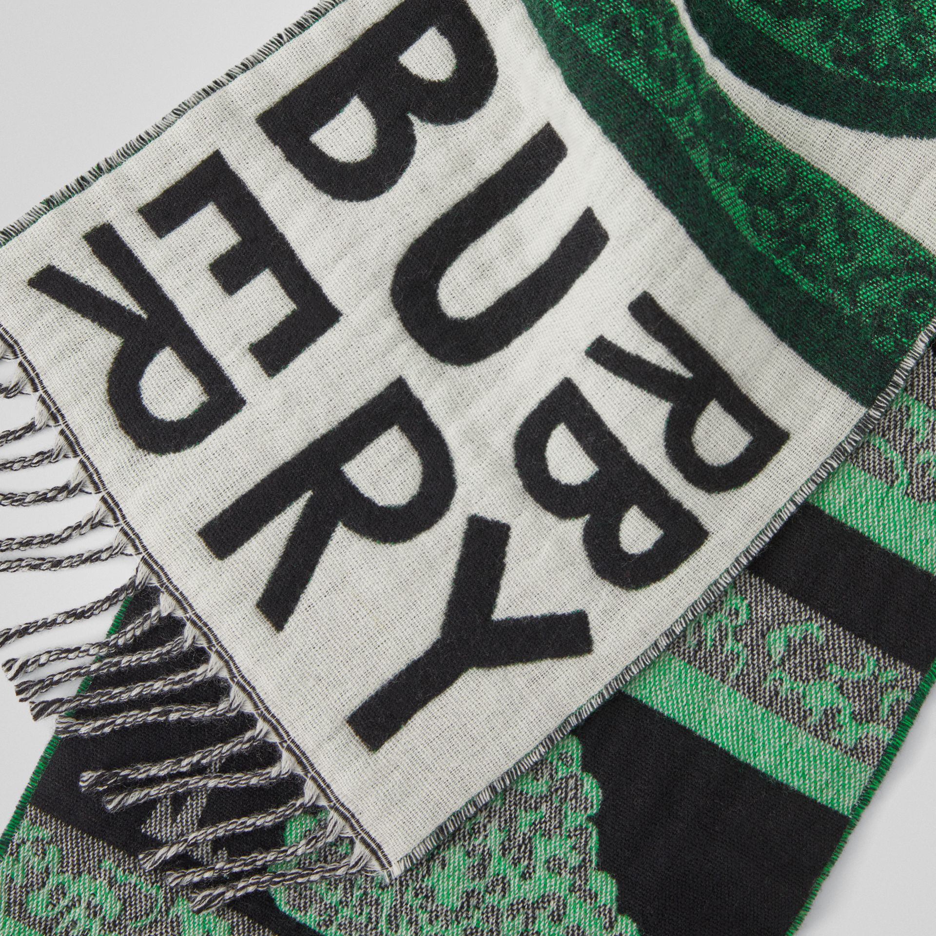 Hedge Maze Wool Cashmere Jacquard Scarf in Tourmaline Green - Children | Burberry - gallery image 1