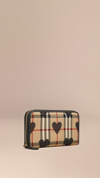 Cartera de checks Horseferry y corazones con cremallera perimetral