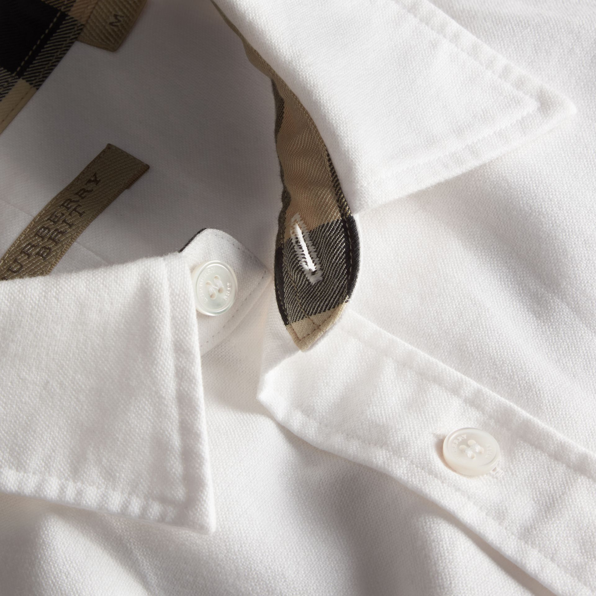 Check Detail Short-Sleeved Cotton Oxford Shirt in White - gallery image 2