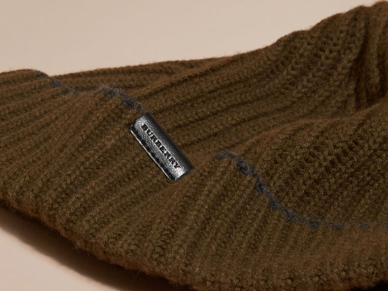 Ribbed Cashmere Beanie with Border Detail in Olive/charcoal - cell image 2