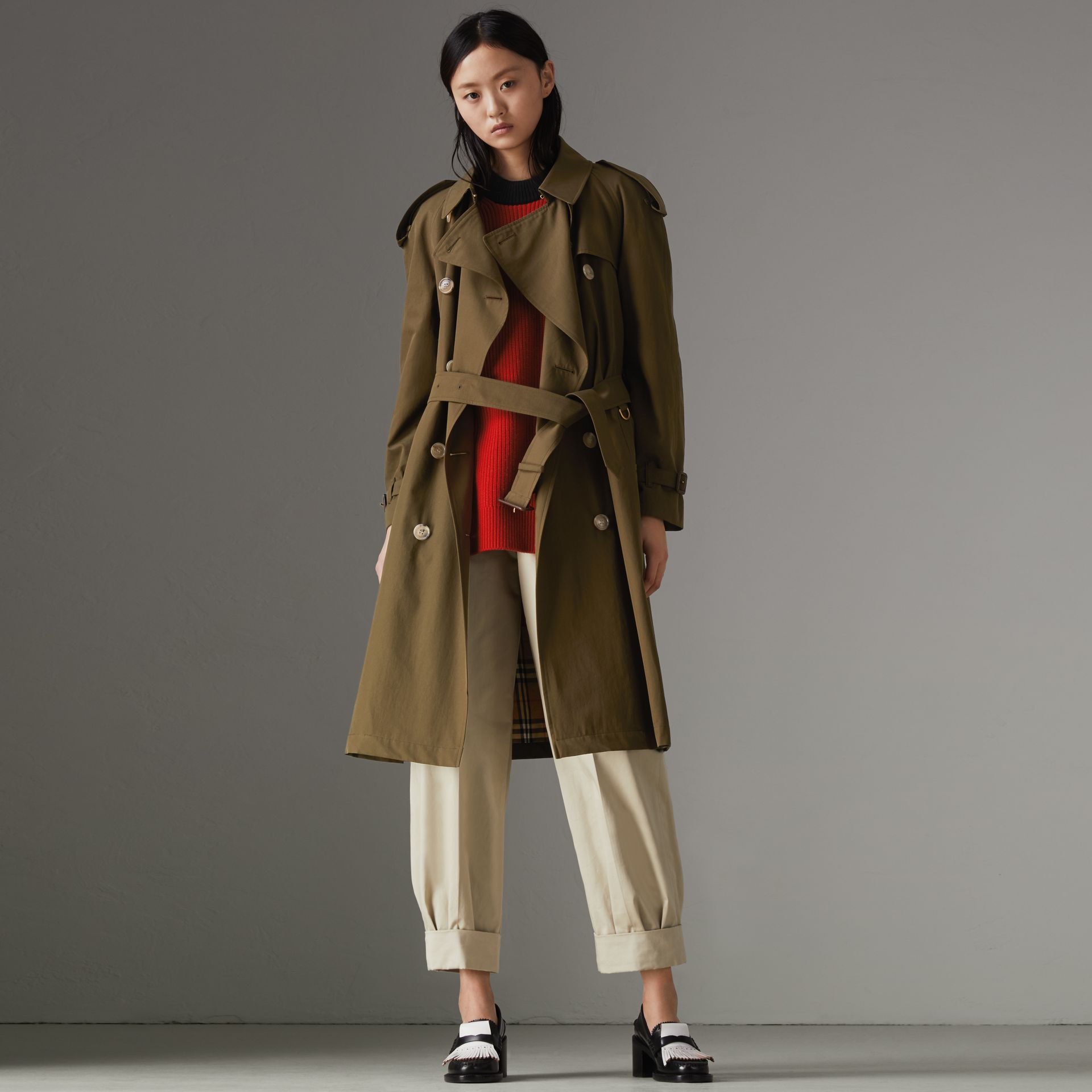 The Westminster – Trench Heritage (Kaki Militaire Foncé) - Femme | Burberry Canada - photo de la galerie 7