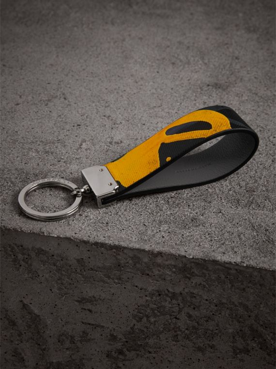 Splash Trench Leather Key Ring in Black/splash - Men | Burberry - cell image 2