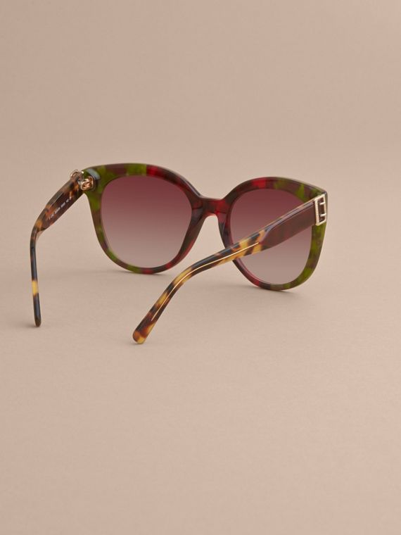 Buckle Detail Cat-eye Frame Sunglasses in Cardinal Red - Women | Burberry Australia - cell image 3