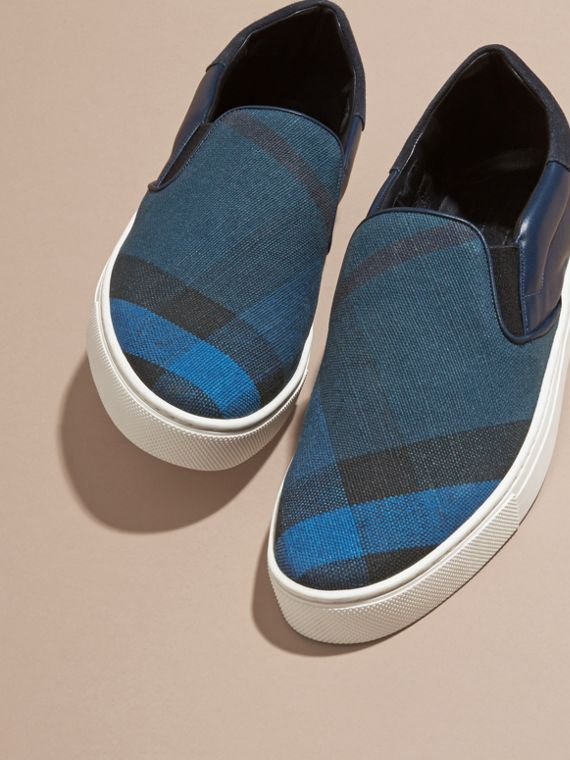 Ultramarine blue/blk Canvas Check and Leather Slip-on Trainers Ultramarine Blue/blk - cell image 2