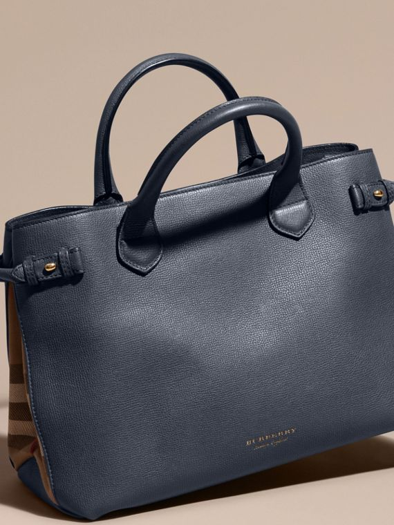 The Medium Banner in Leather and House Check in Ink Blue - Women | Burberry Singapore - cell image 3