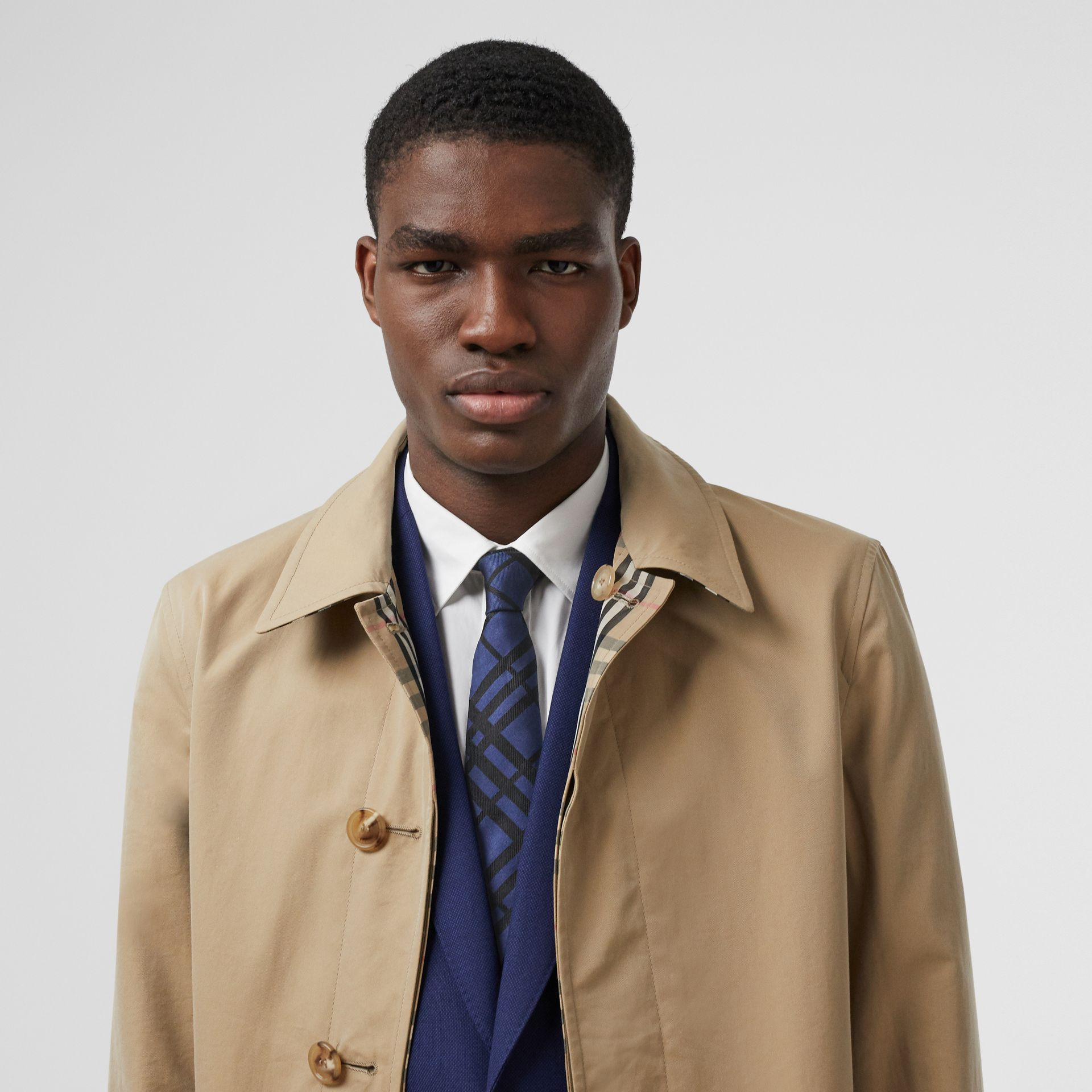 Classic Cut Check Silk Jacquard Tie in Canvas Blue - Men | Burberry Hong Kong S.A.R - gallery image 2