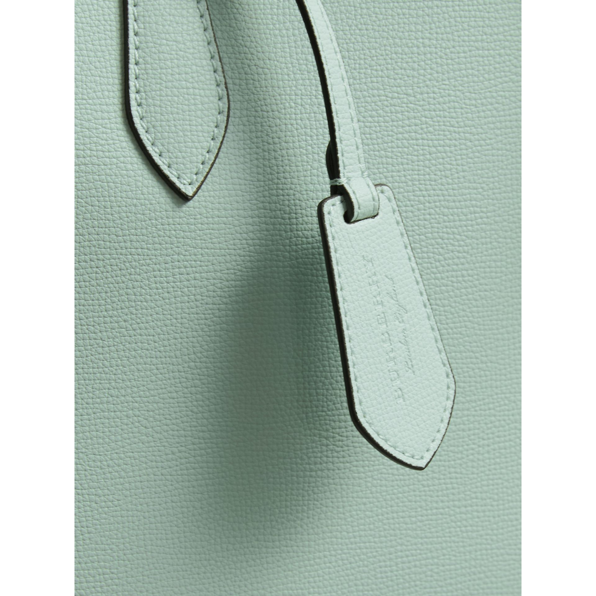 The Medium Reversible Tote with Resin Chain in Pale Opal - Women | Burberry Australia - gallery image 2