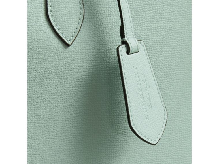 The Medium Reversible Tote with Resin Chain in Pale Opal - Women | Burberry Australia - cell image 1