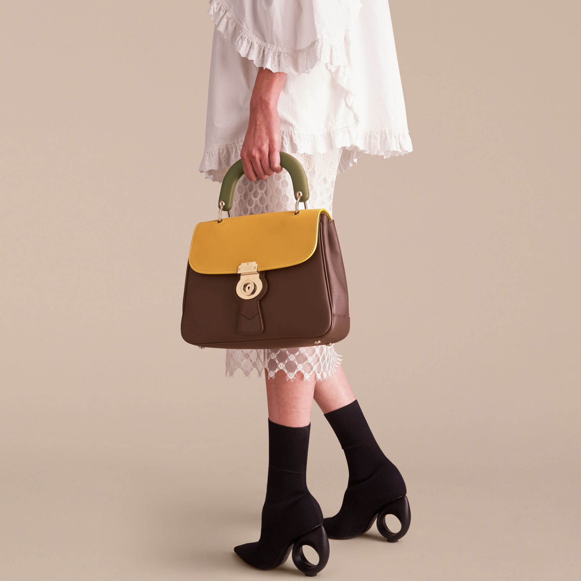 The Medium DK88 Top Handle Bag Dark Chocolate/ochre Yellow - gallery image 10