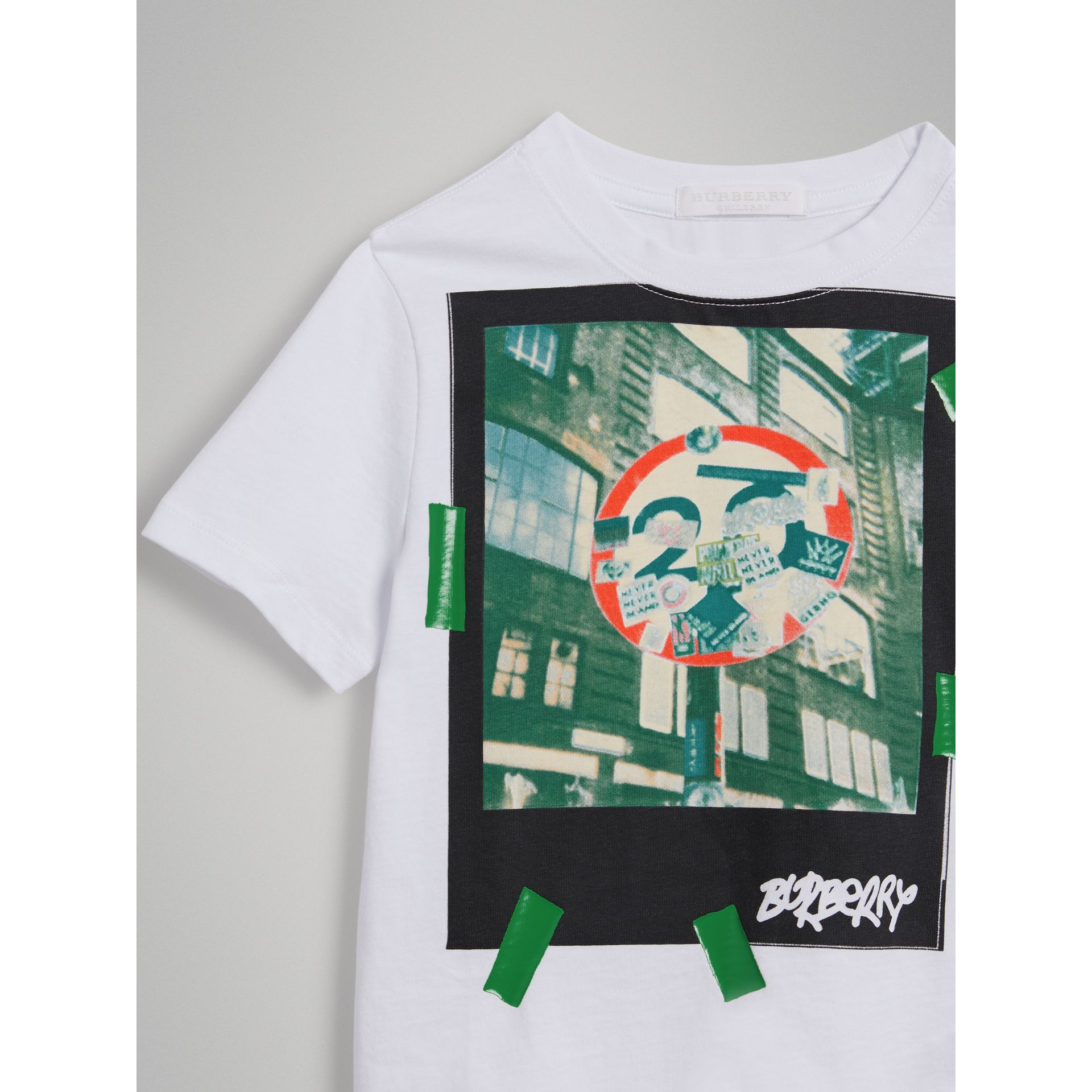 London Polaroid Print Cotton T-shirt in White - Boy | Burberry - gallery image 4