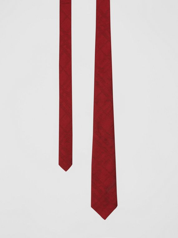 Classic Cut Check Silk Jacquard Tie in Deep Red