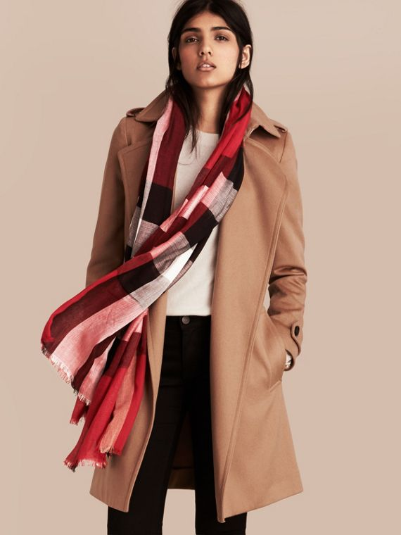 Check Modal Cashmere and Silk Scarf in Parade Red | Burberry - cell image 2