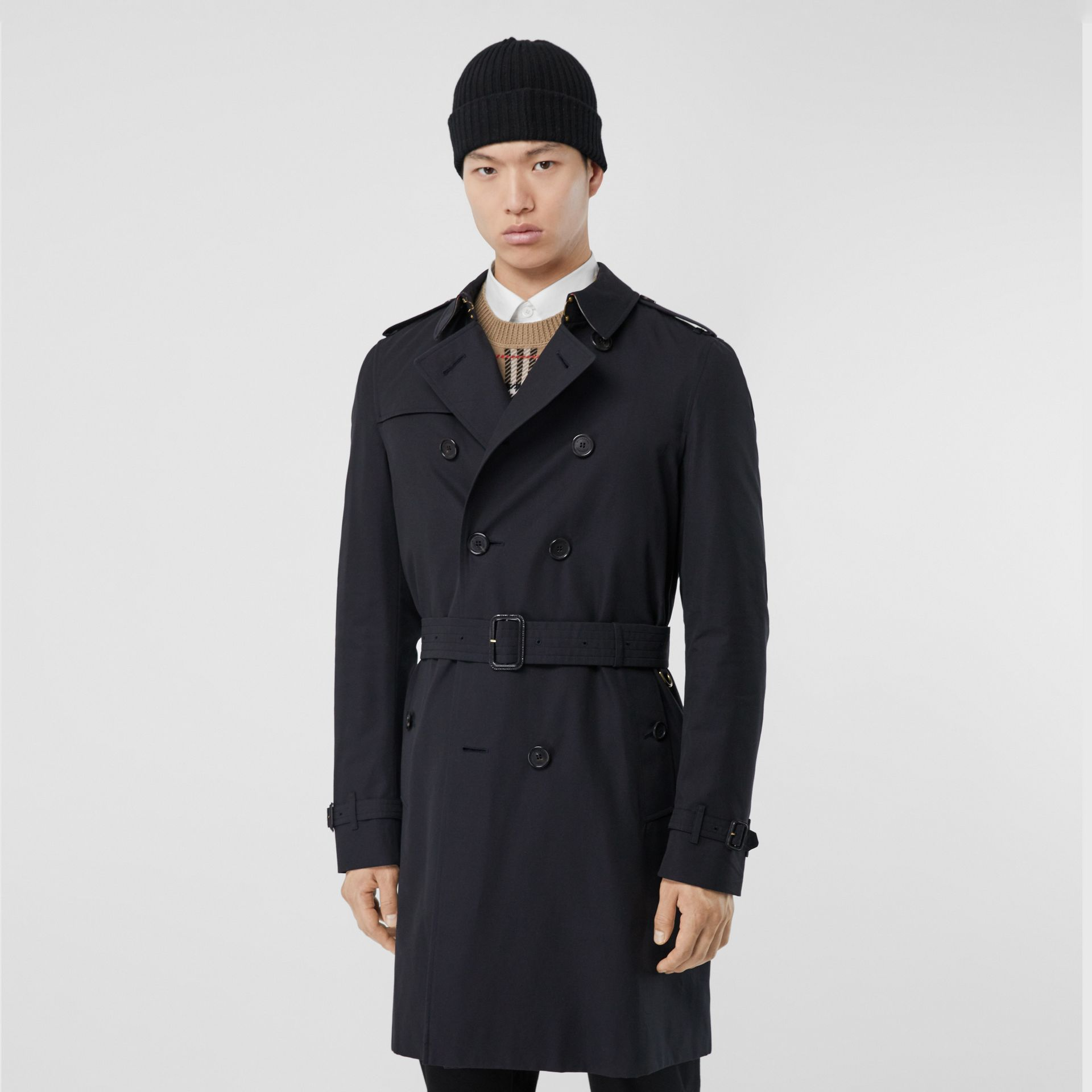 The Chelsea – Long Trench Coat in Navy - Men | Burberry Canada - gallery image 6
