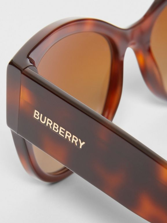 Butterfly Frame Sunglasses in Tortoise Amber - Women | Burberry United Kingdom - cell image 1