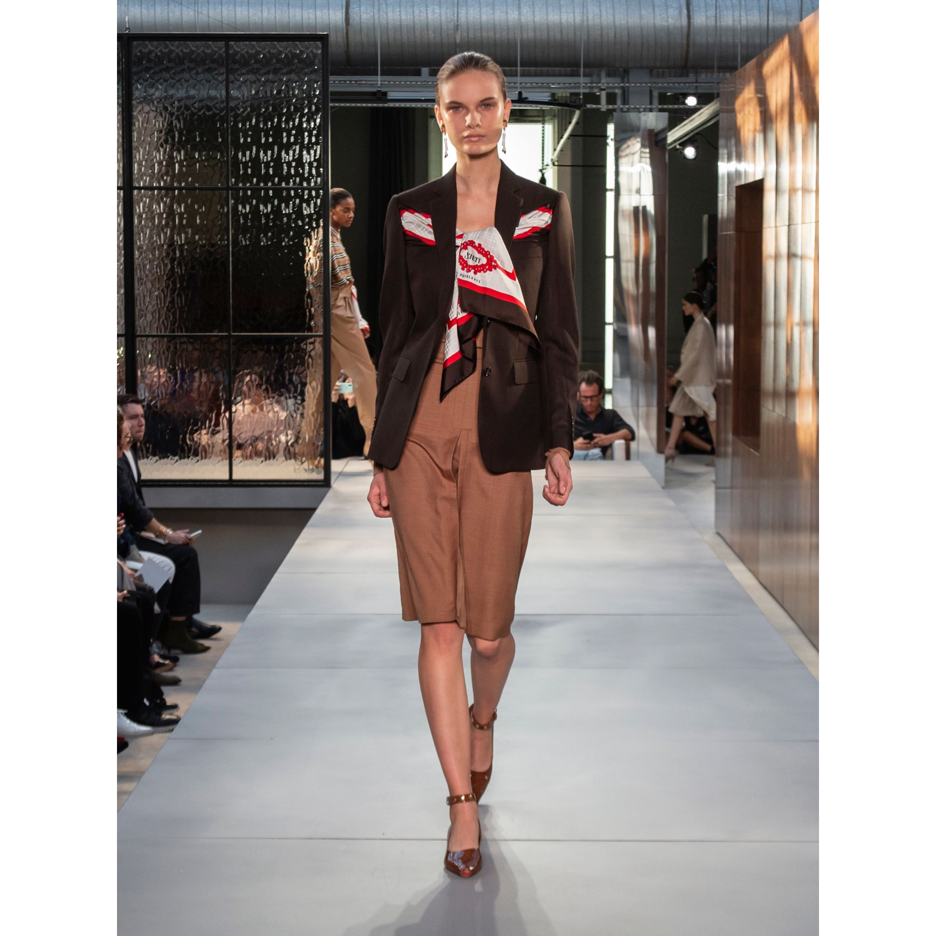 Silk Scarf Detail Wool Tailored Jacket in Coffee - Women | Burberry Singapore - gallery image 7