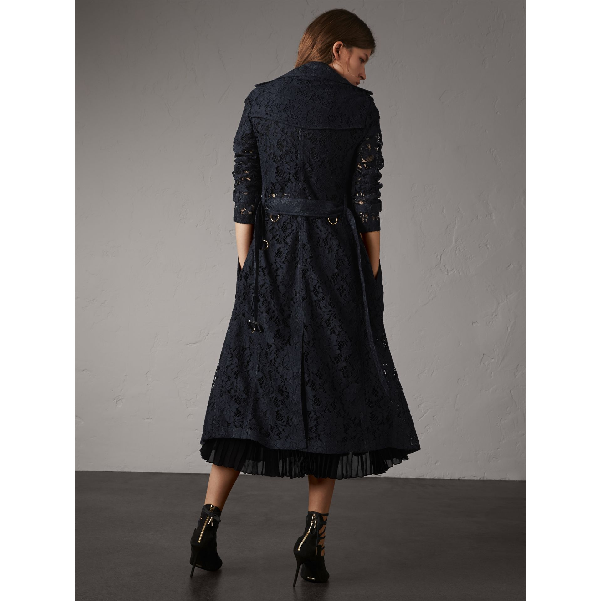 Macramé Lace Trench Coat in Navy - Women | Burberry - gallery image 2