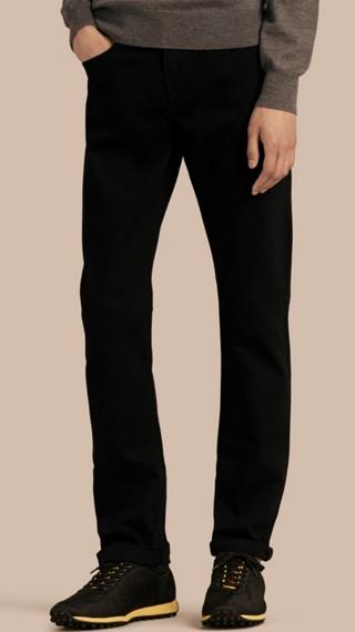 Calças jeans stretch com corte reto