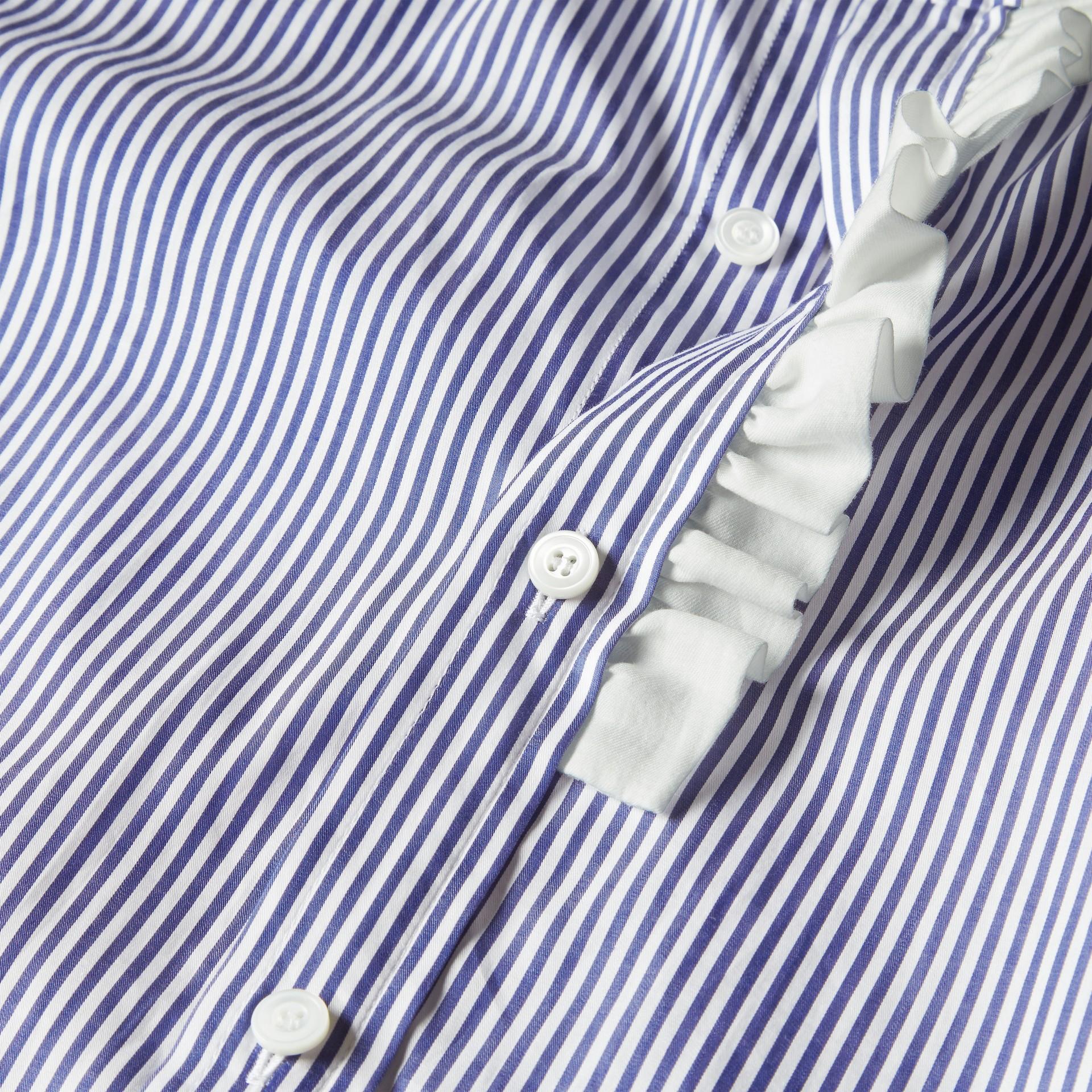 Indaco medio Camicia in cotone a righe con arricciature - immagine della galleria 2