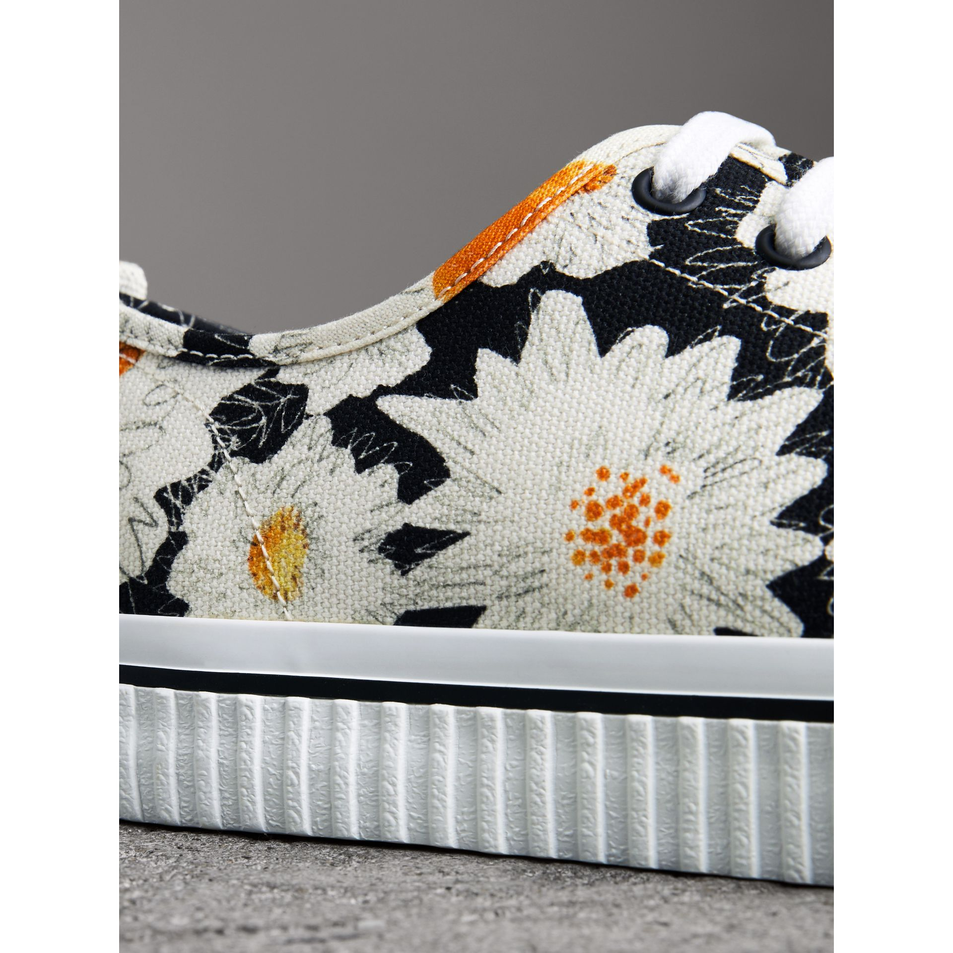 Daisy Print Cotton Canvas Sneakers in Black | Burberry - gallery image 1