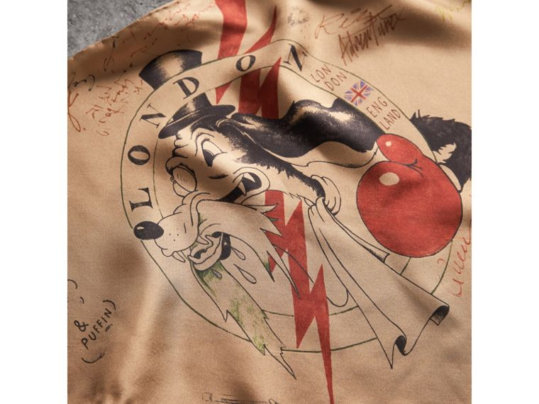 The Burberry Bandana in Sketch Print Silk in Honey | Burberry - cell image 4