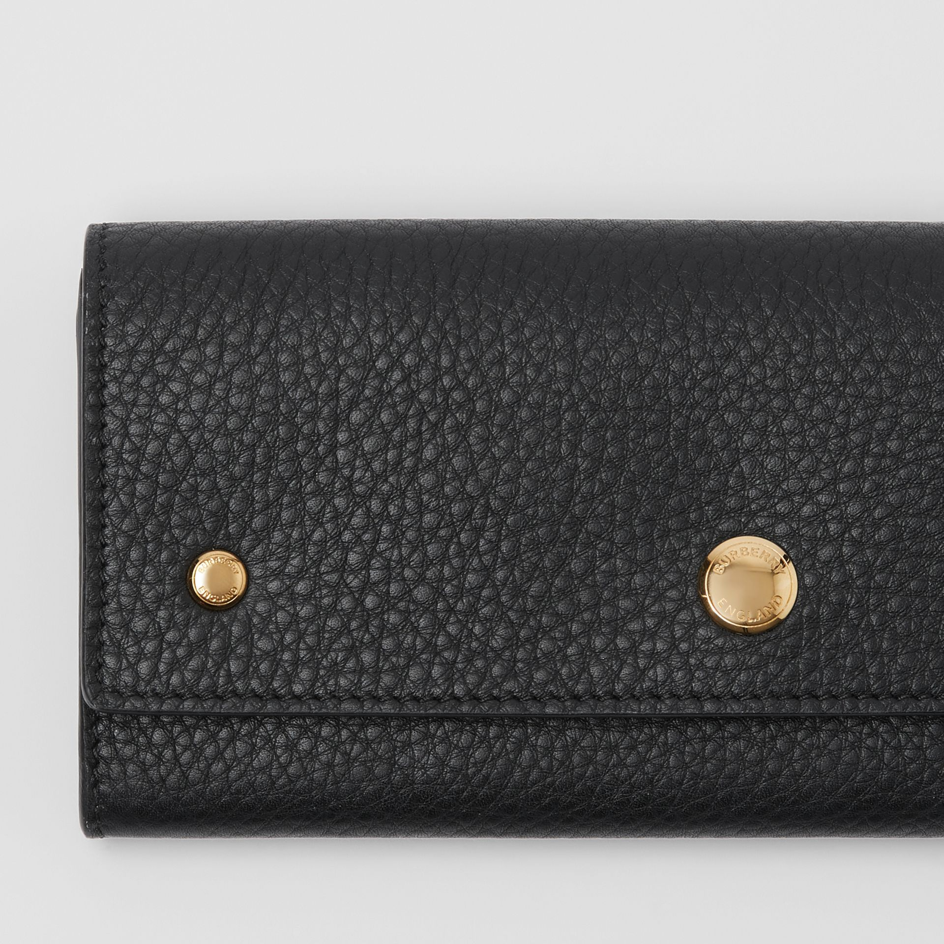 Grainy Leather Continental Wallet in Black - Women | Burberry - gallery image 1