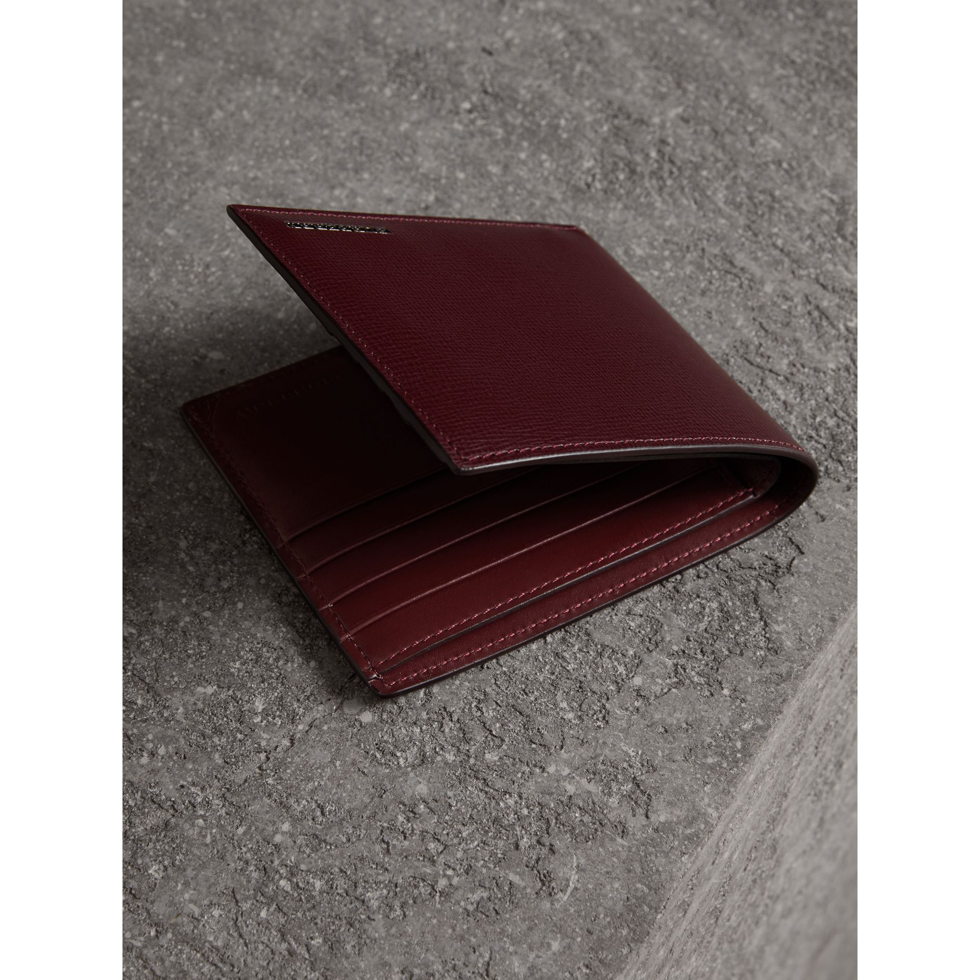 London Leather International Bifold Wallet in Burgundy Red | Burberry Singapore - gallery image 3